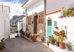 "alt=""Gasse in Spanien"" title=""© Leslie-Fotografics - Fotolia.com"""