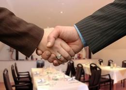 "alt=""Handshake"" title=""© modul_a - Fotolia.com"""