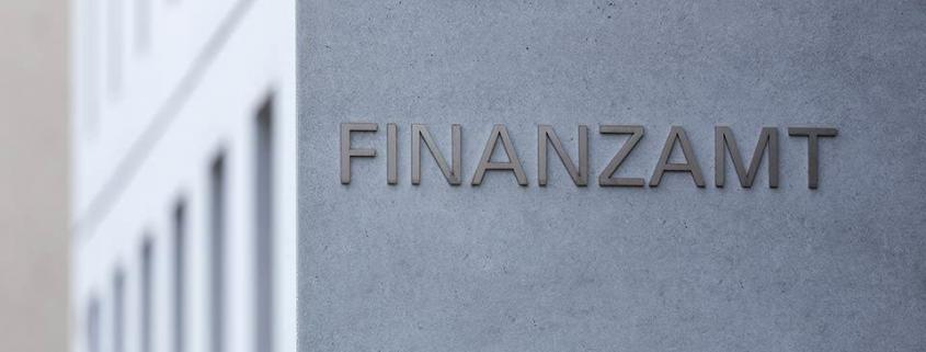"alt=""Finanzamt"" title=""© Tobias Arhelger - stock.adobe.com"""